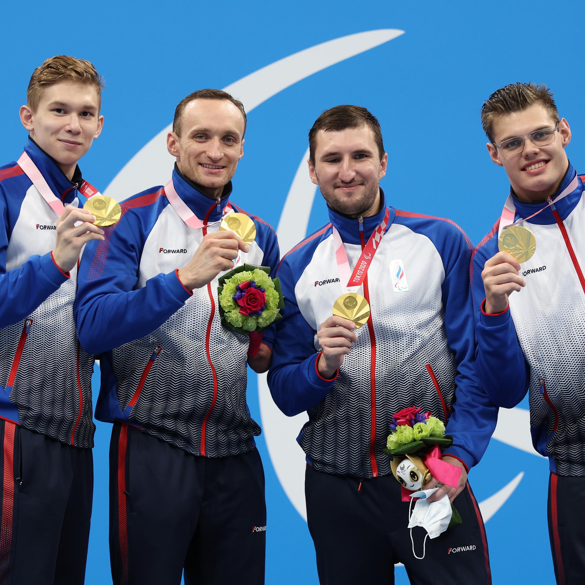 Men's 4x100m medley 34 points relay team