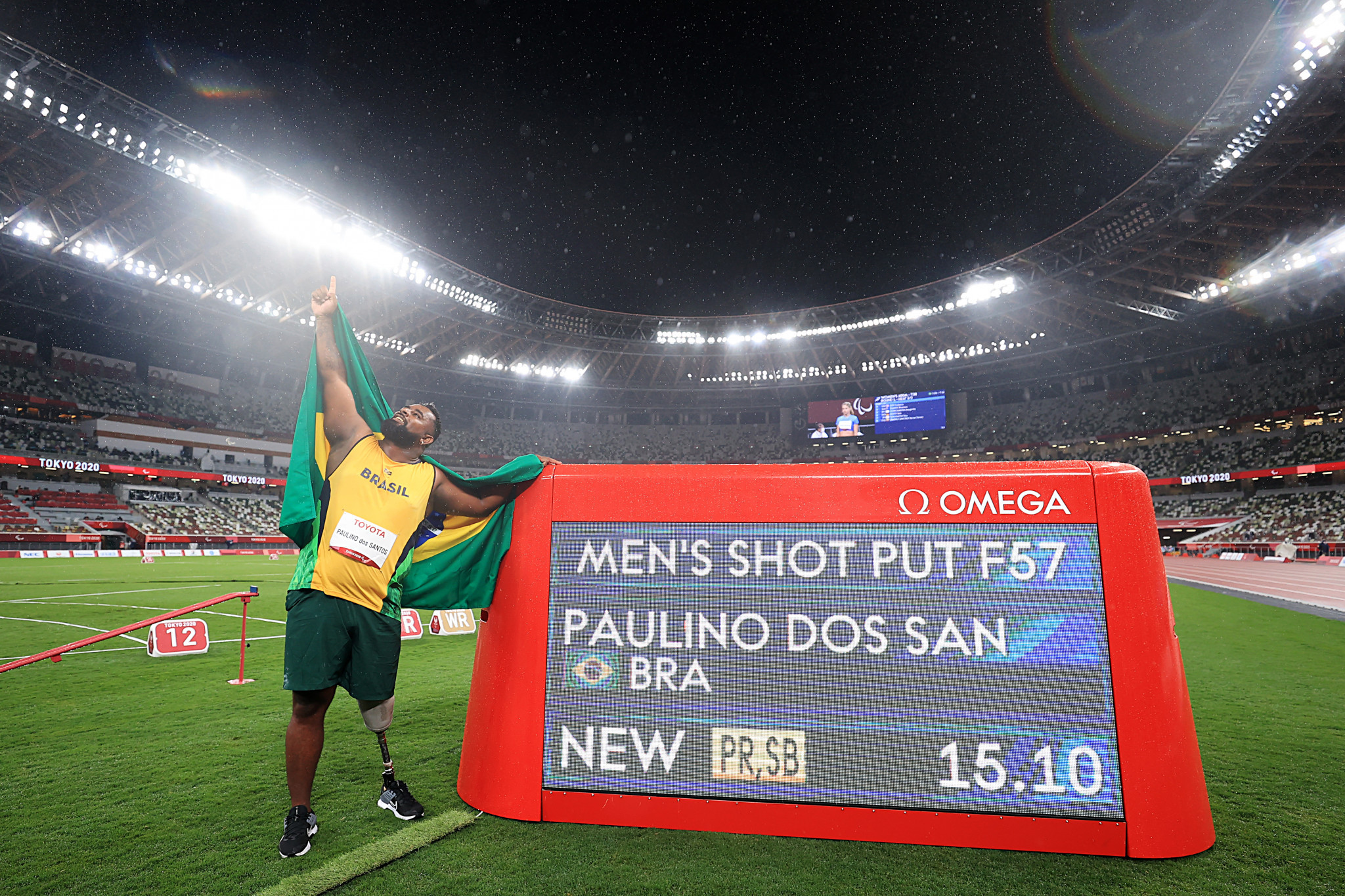 Thiago Paulino dos Santos from Brazil won the men's F57 seated shot put title ©Getty Images