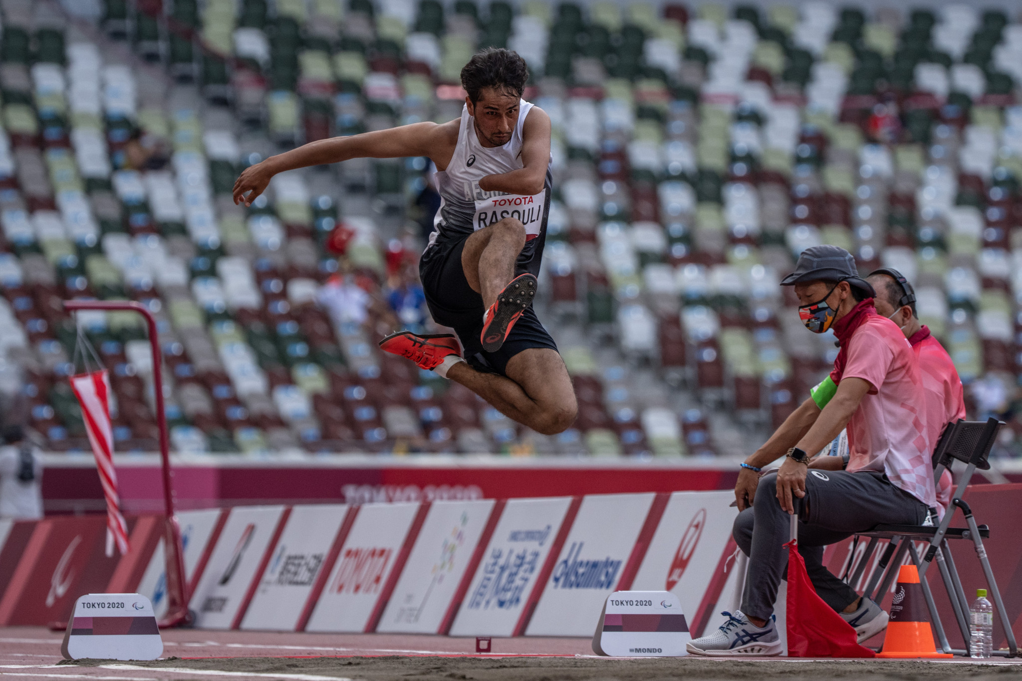 Hossain Rasouli participated in the men's long jump T47 at the Olympic Stadium ©Getty Images