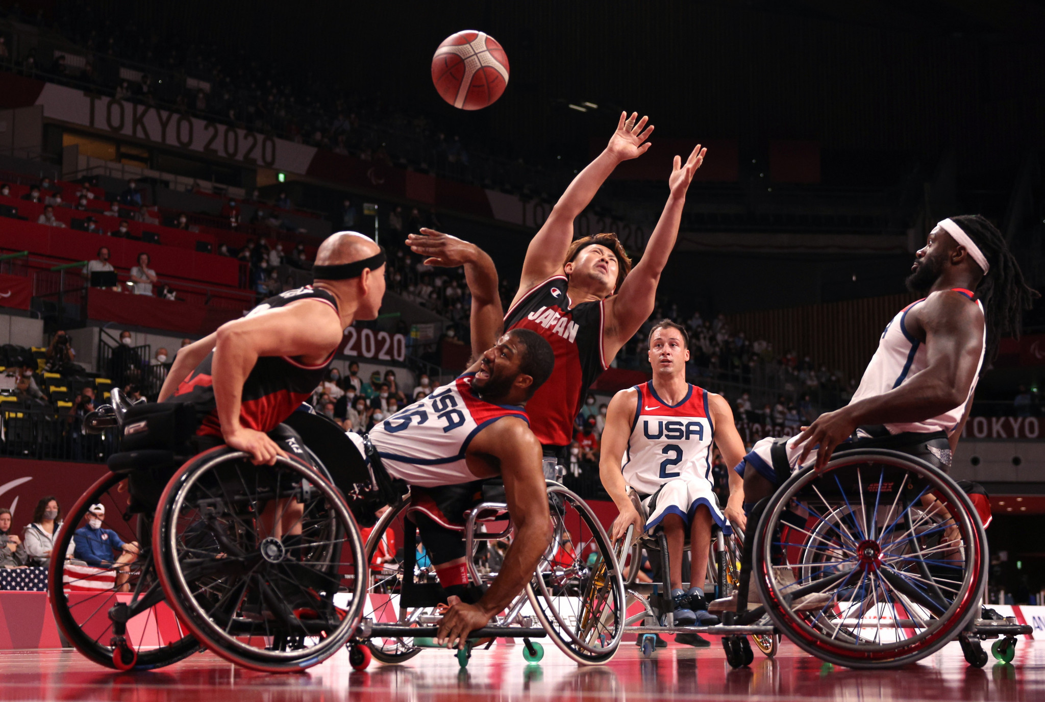 The United States faced a five-point deficit against Japan midway through the final quarter ©Getty Images