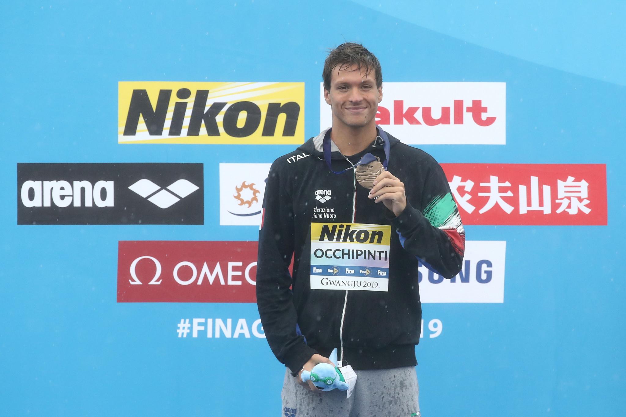 Jouisse and Occhipinti win women's and men's races in Capri-Napoli leg of FINA UltraMarathon Swim Series