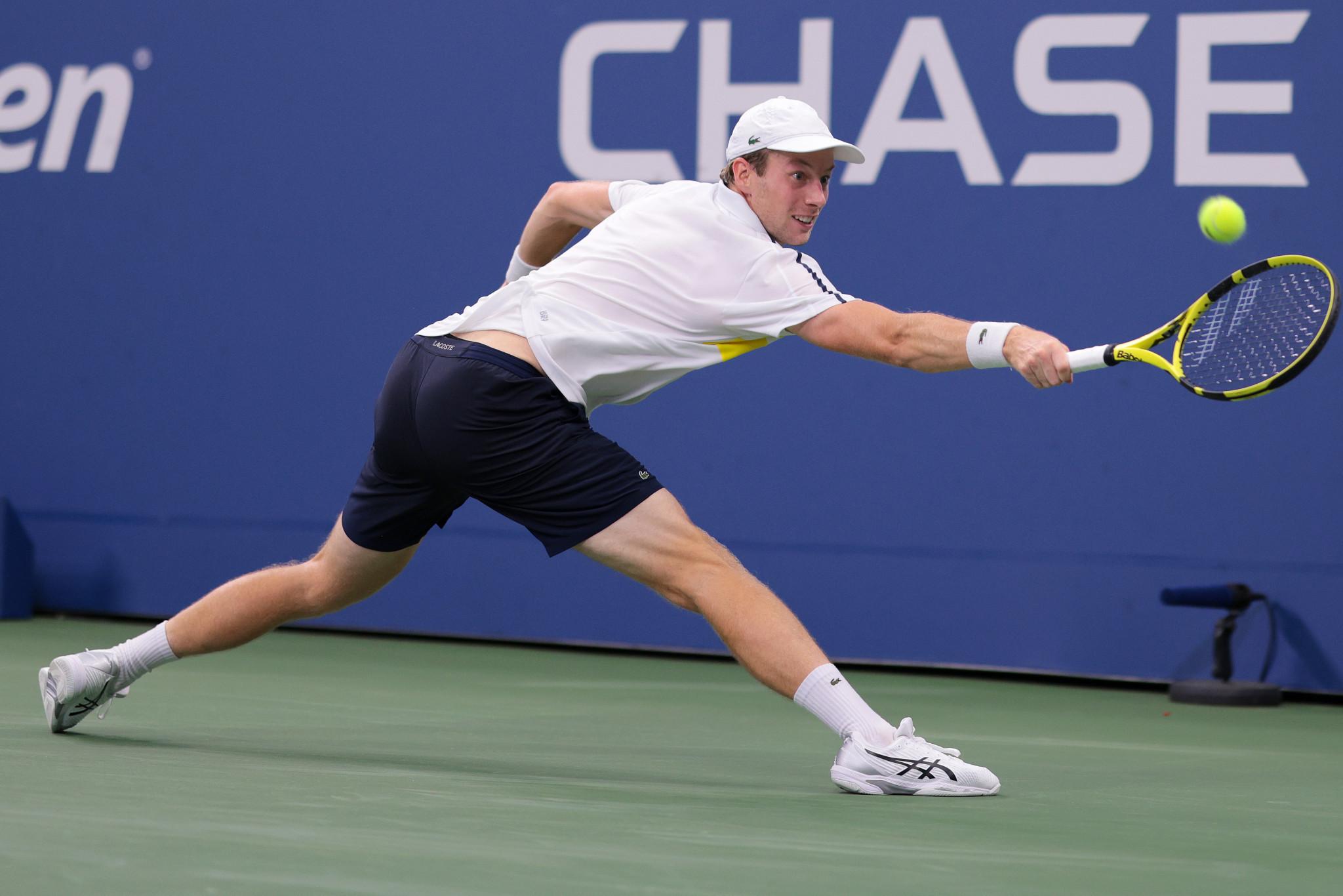 Van De Zandschulp and Fernandez produce stunning upsets in US Open fourth round