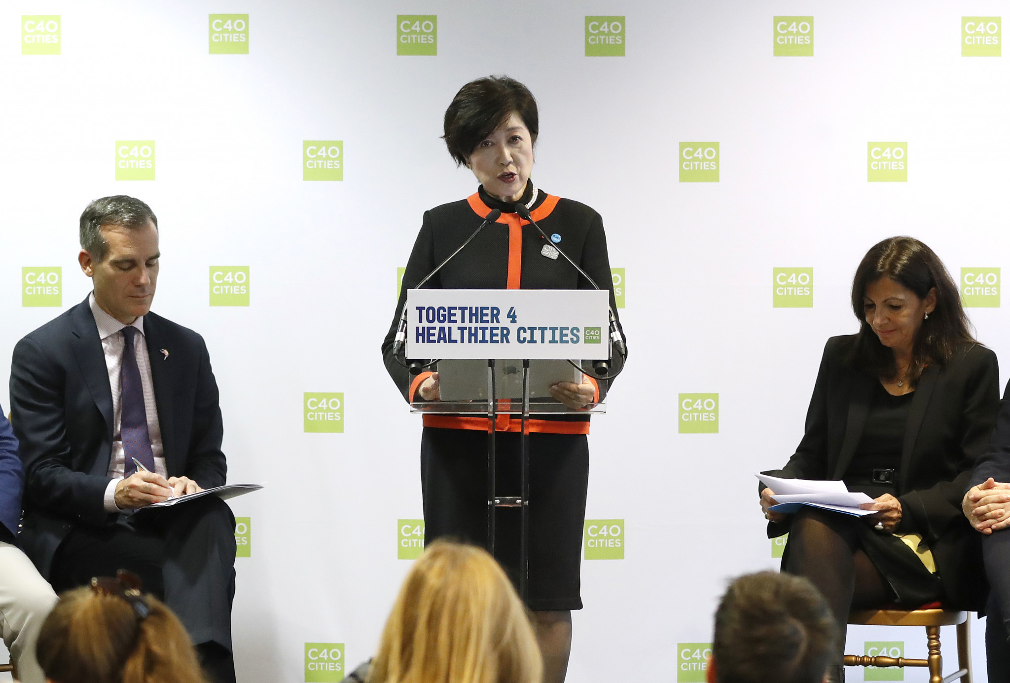 Yuriko Koike, centre, and Anne Hidalgo, right, said the Tokyo 2020 Olympics have helped provide hope amid the COVID-19 recovery ©Getty Images