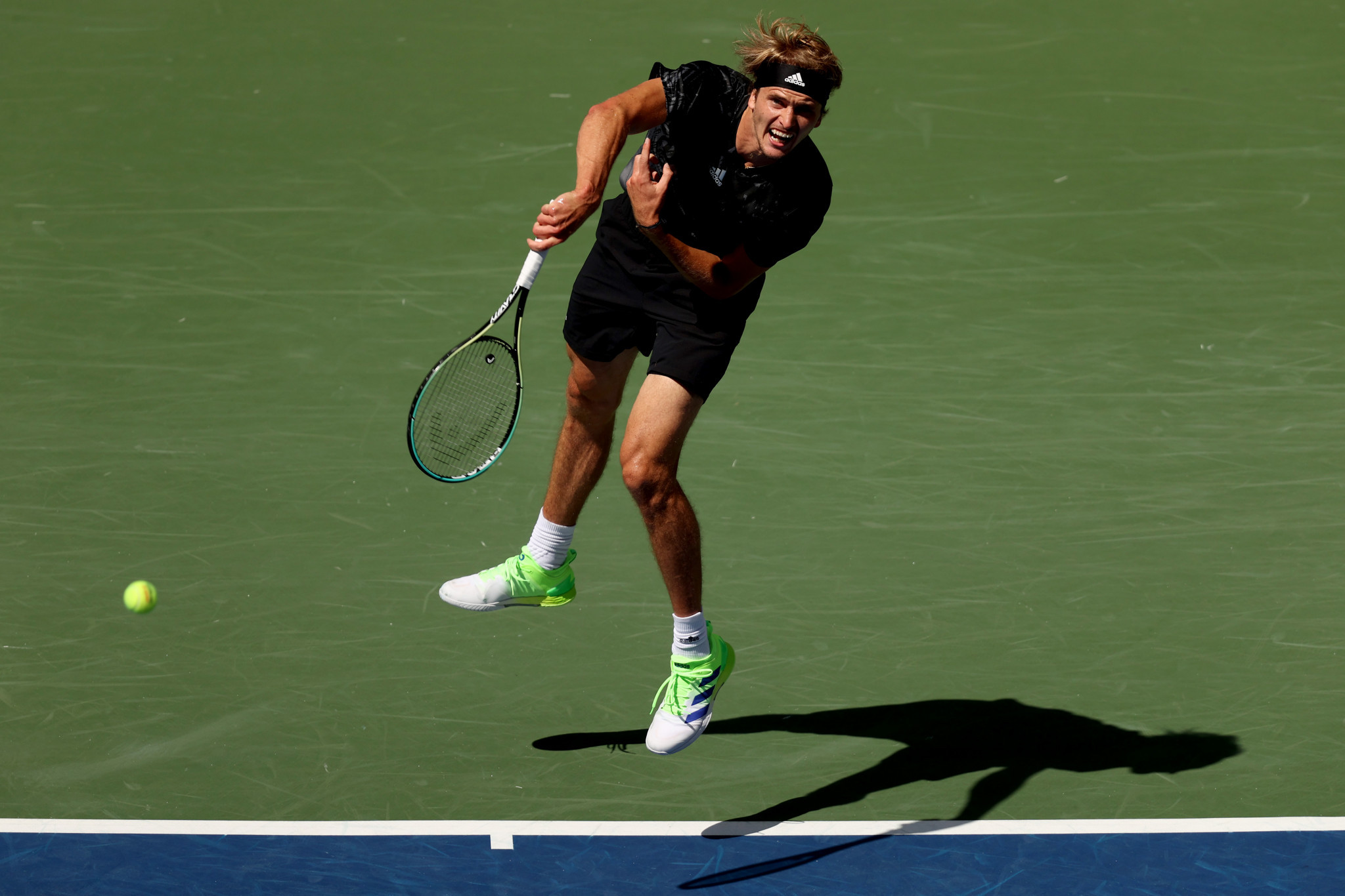 Olympic champion Alexander Zverev eased into the quarter-finals ©Getty Images