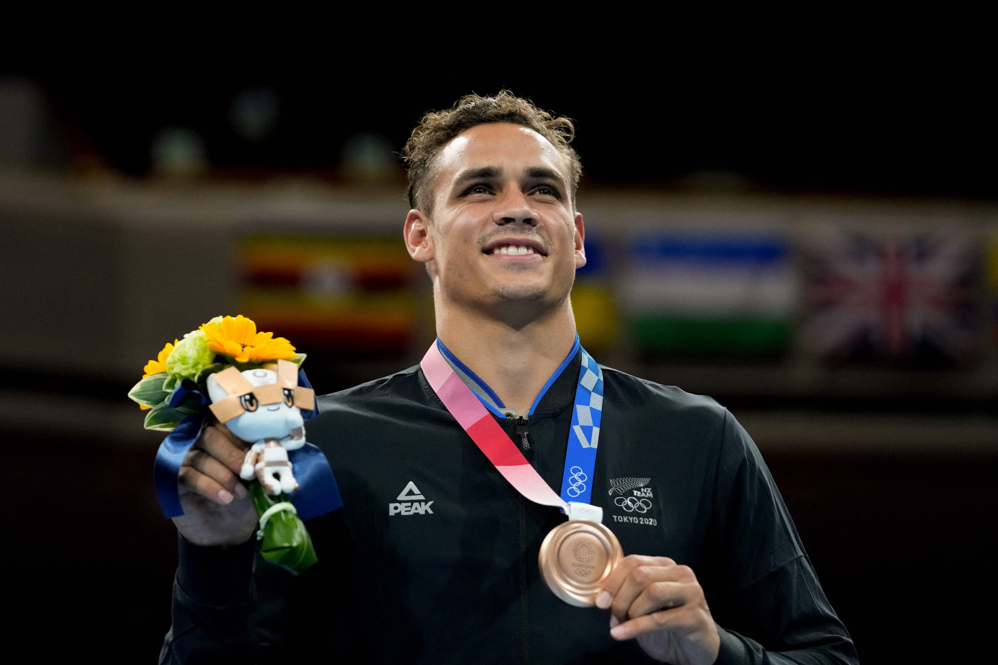 Olympic bronze medal-winning boxer David Nyika, was among those to pay tribute to the role Rob Waddell had played in the success of the New Zealand team ©Getty Images