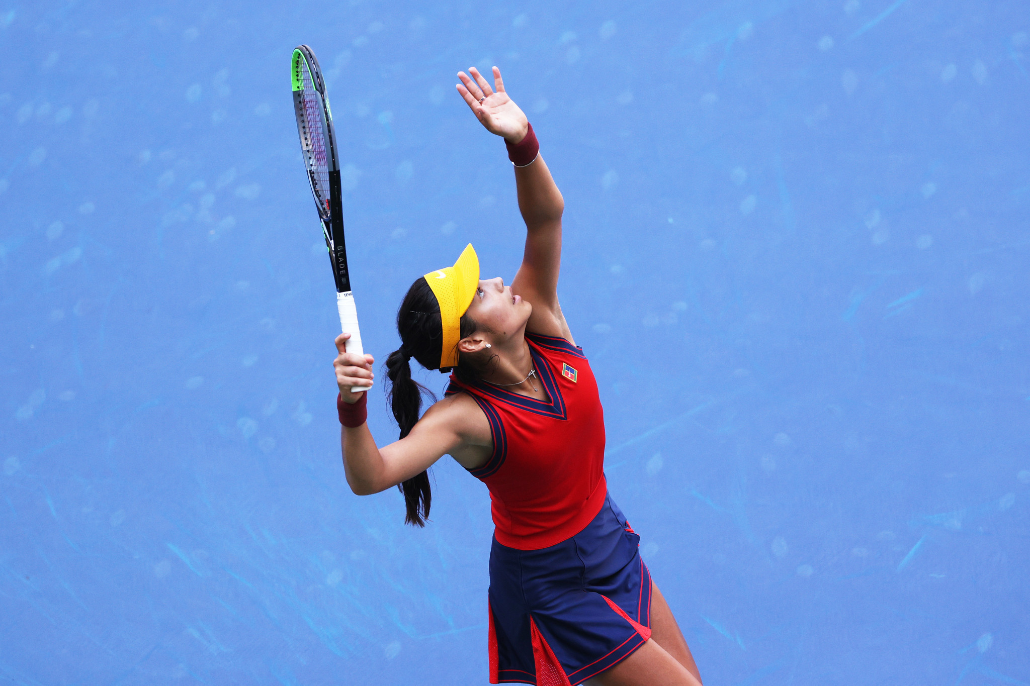 Remarkable Raducanu knocks out Olympic champion to reach US Open semi-finals