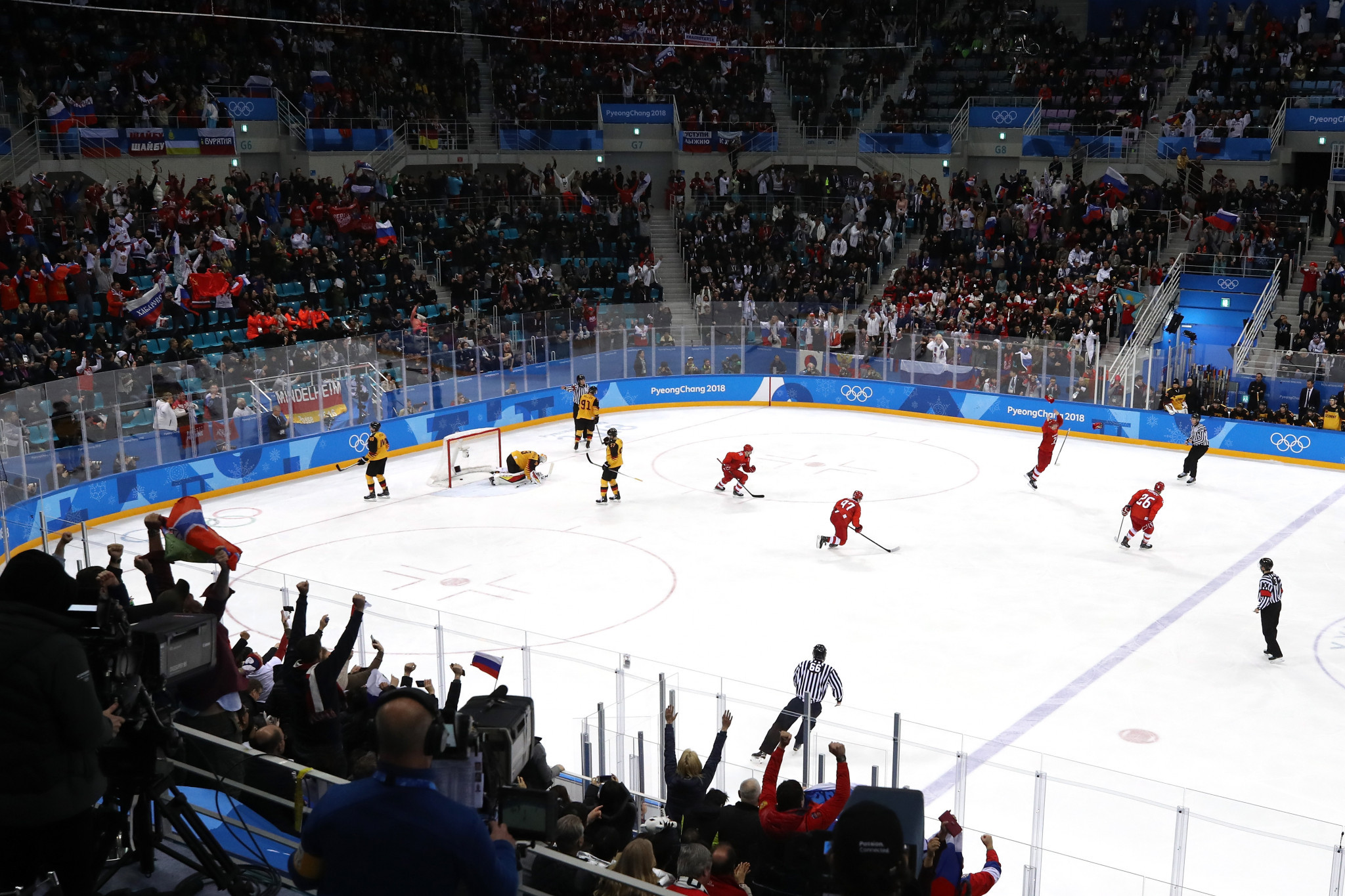 Ice hockey currently features at the Winter Olympic Games with a men's and women's tournament, but Henrik Bach Nielsen is hoping to introduce more disciplines to the programme ©Getty Images
