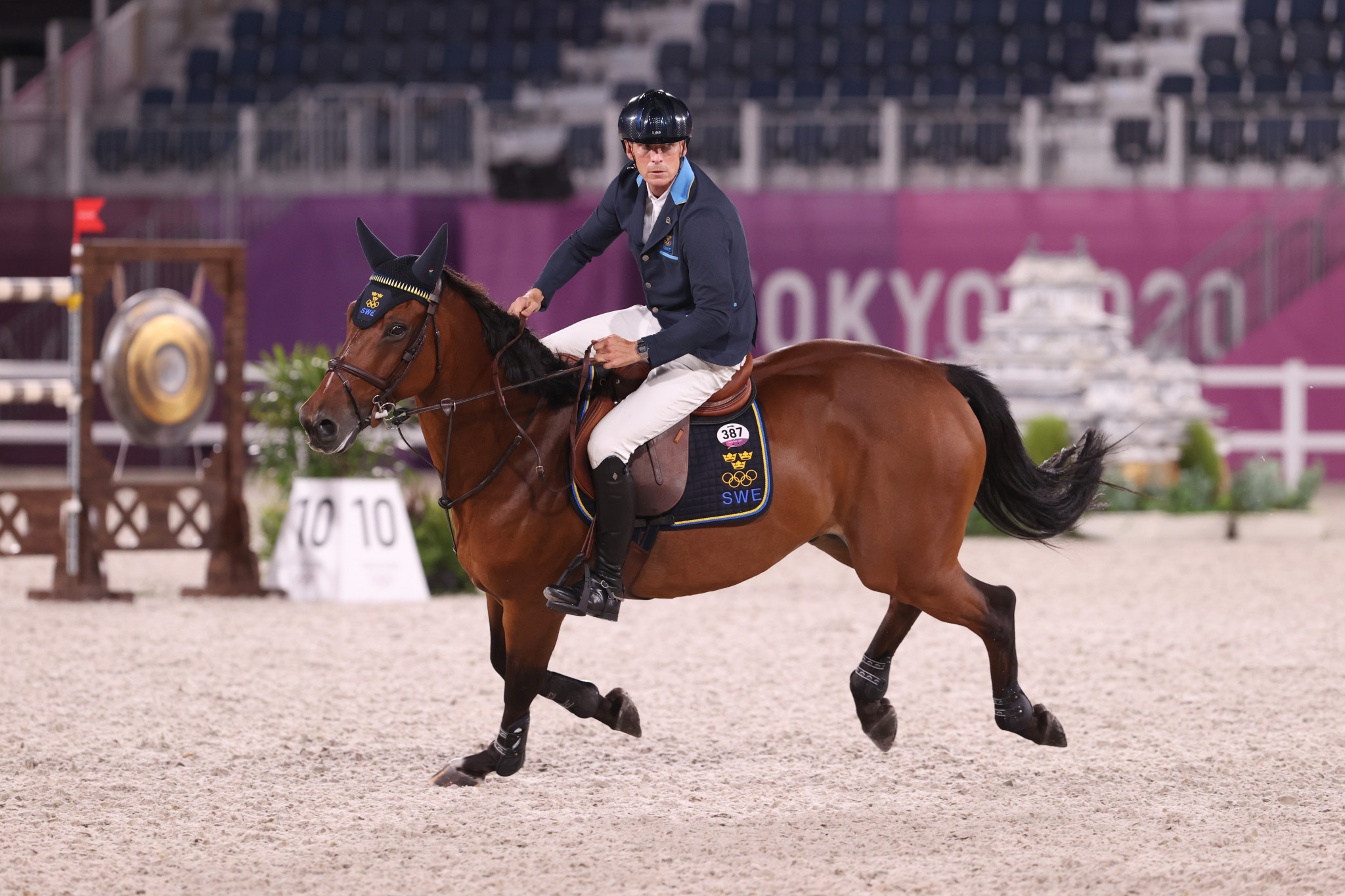 Olympic gold medallist in the team event Peder Fredricson is one of several riders who can move above the absent Max Kühner into the season's top three in Rome ©Getty Images