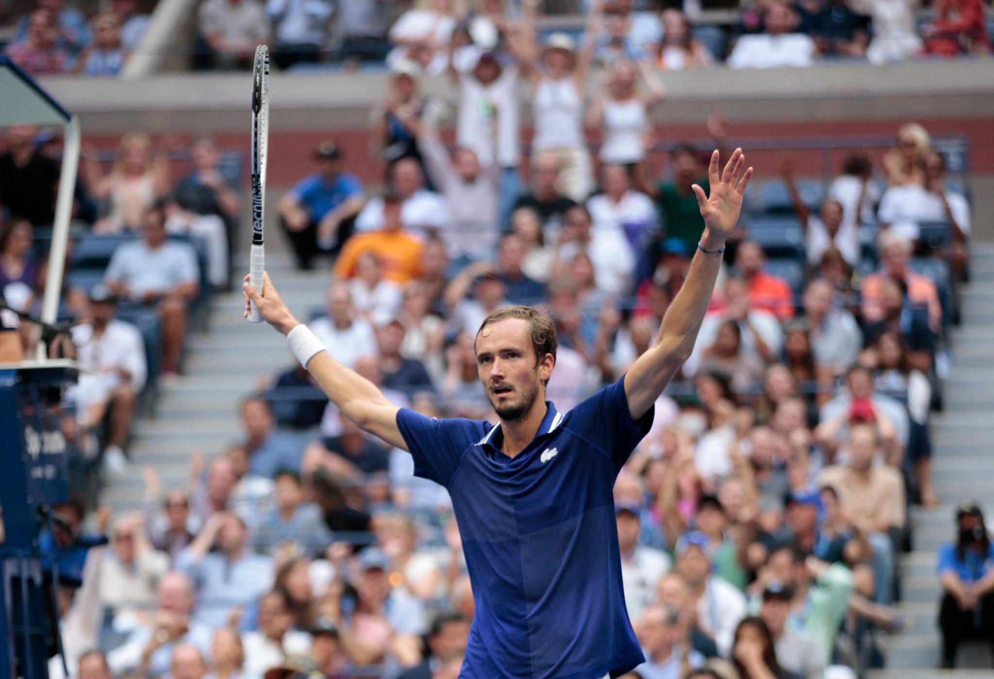 Medvedev crushes Djokovic's calendar Grand Slam dream in straight sets, winning US Open