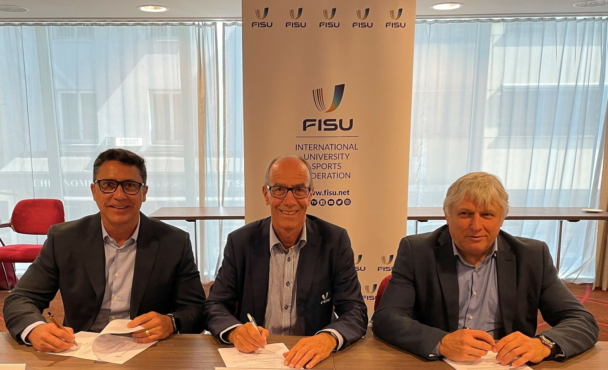FISU signs Memorandums of Understanding with member associations from Brazil and Russia for Healthy Campus programme