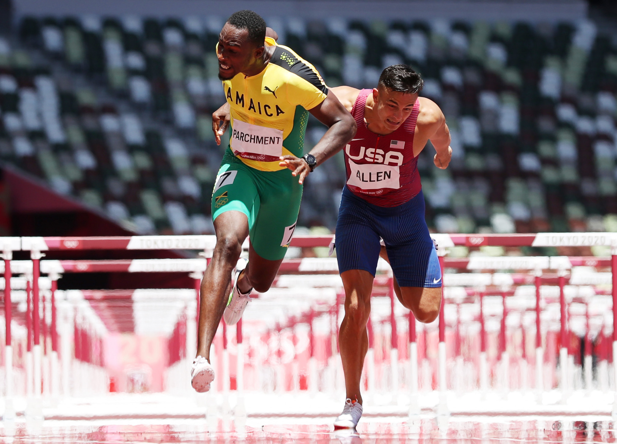 Three of the top four athletes at Tokyo 2020 are competing in the 110m hurdles, known as the  Boris Hanžeković Memorial Race, including gold medallist Hansle Parchment, left ©Getty Images