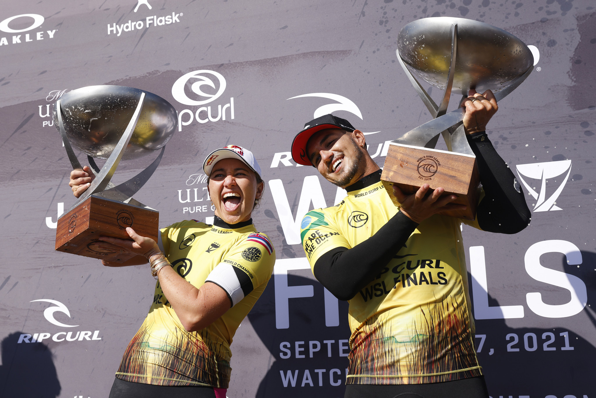 Carissa Moore and Gabriel Medina stormed to victory off the California coast ©Getty Images