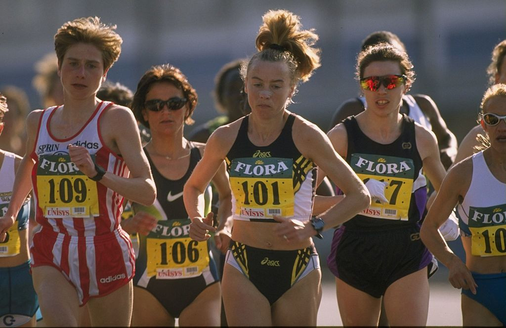 Liz McColgan, 101, pictured defending her London Marathon title in 1997, began her marathon career by winning the 1991 New York City race ©Getty Images