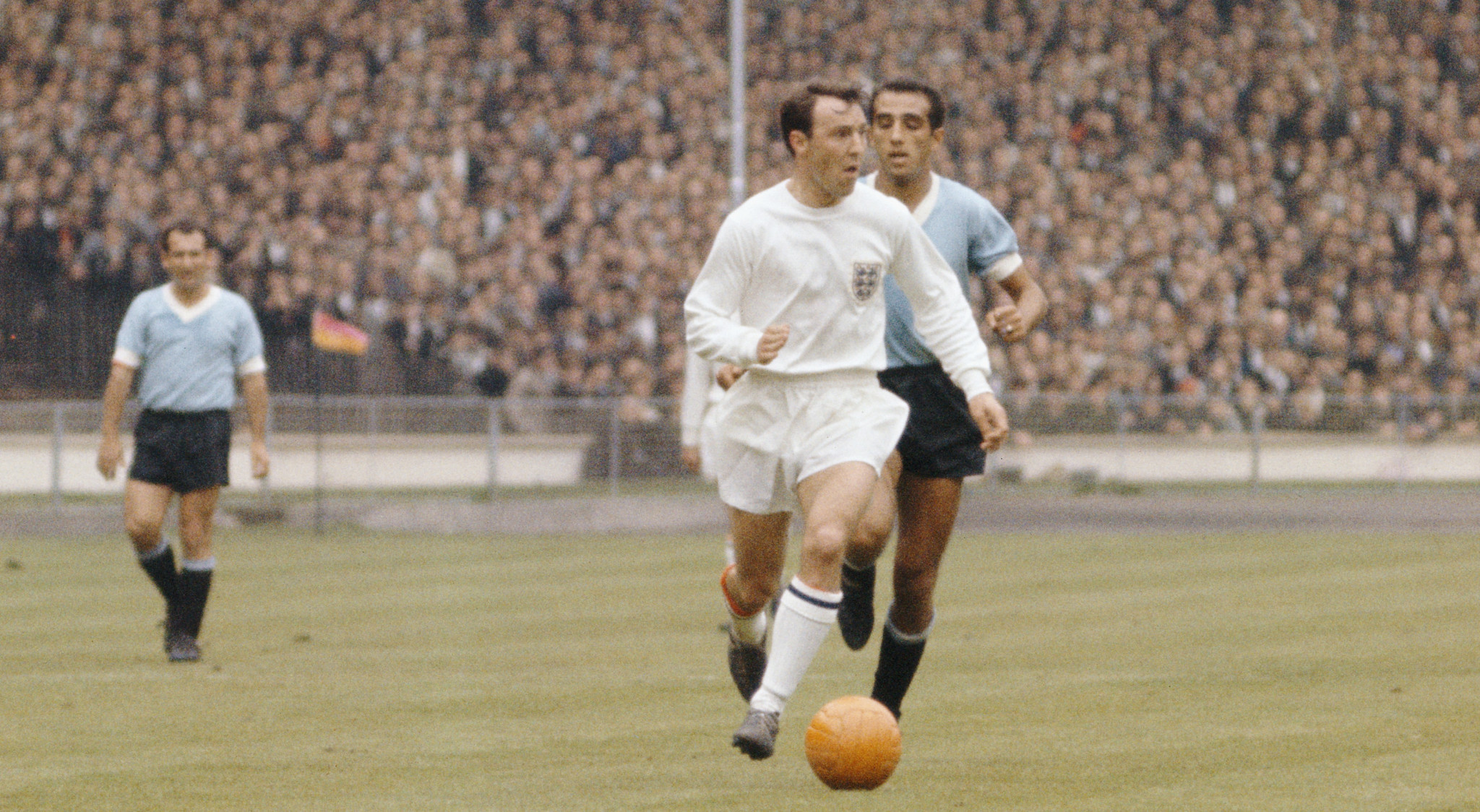 Former England World Cup winner Greaves dies aged 81