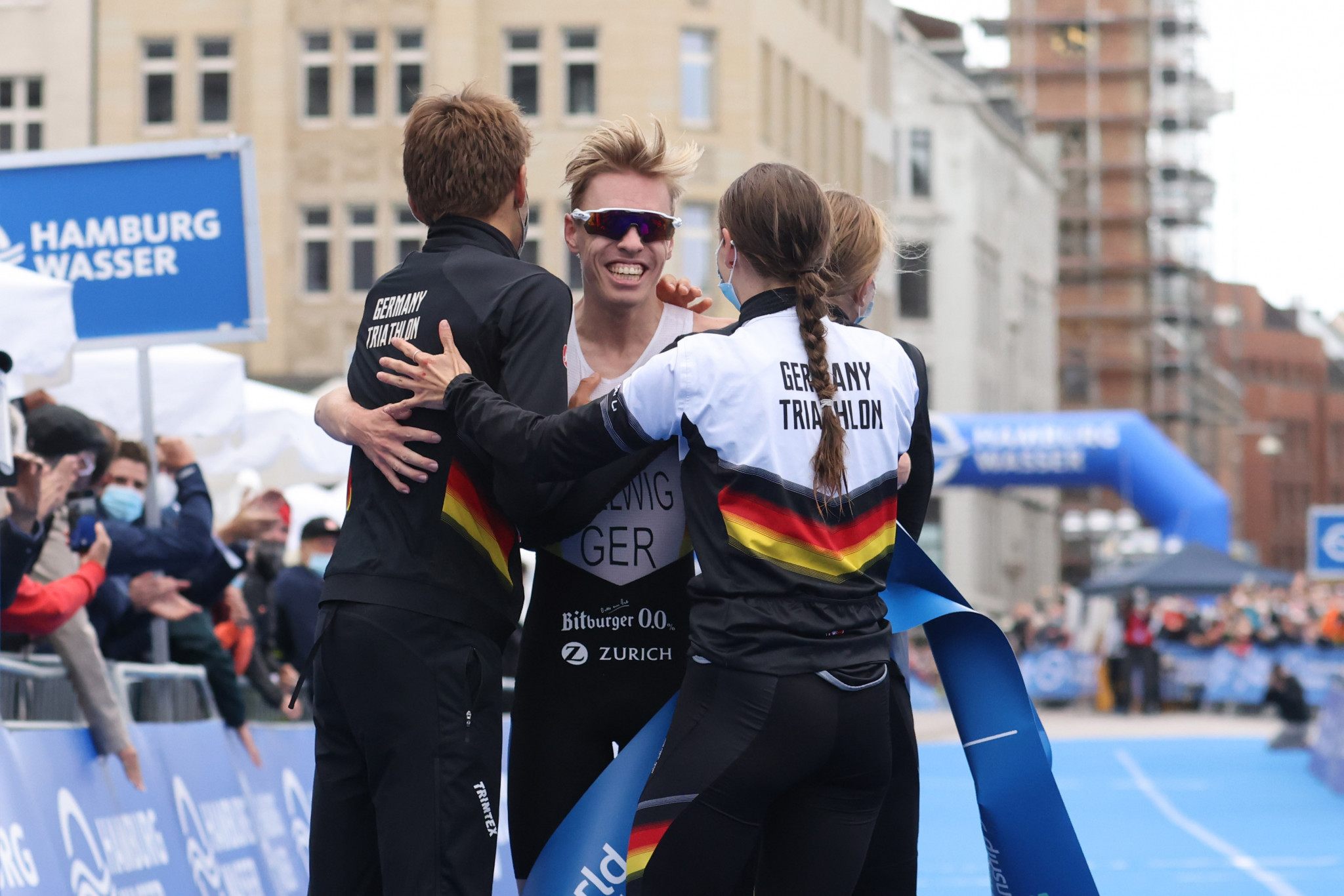 Germany win mixed team relay to complete World Triathlon Championship Series hat-trick