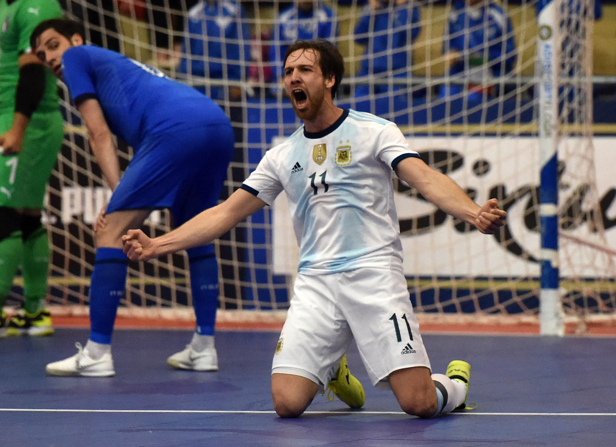 South American giants Brazil and Argentina impress in FIFA Futsal World Cup groups