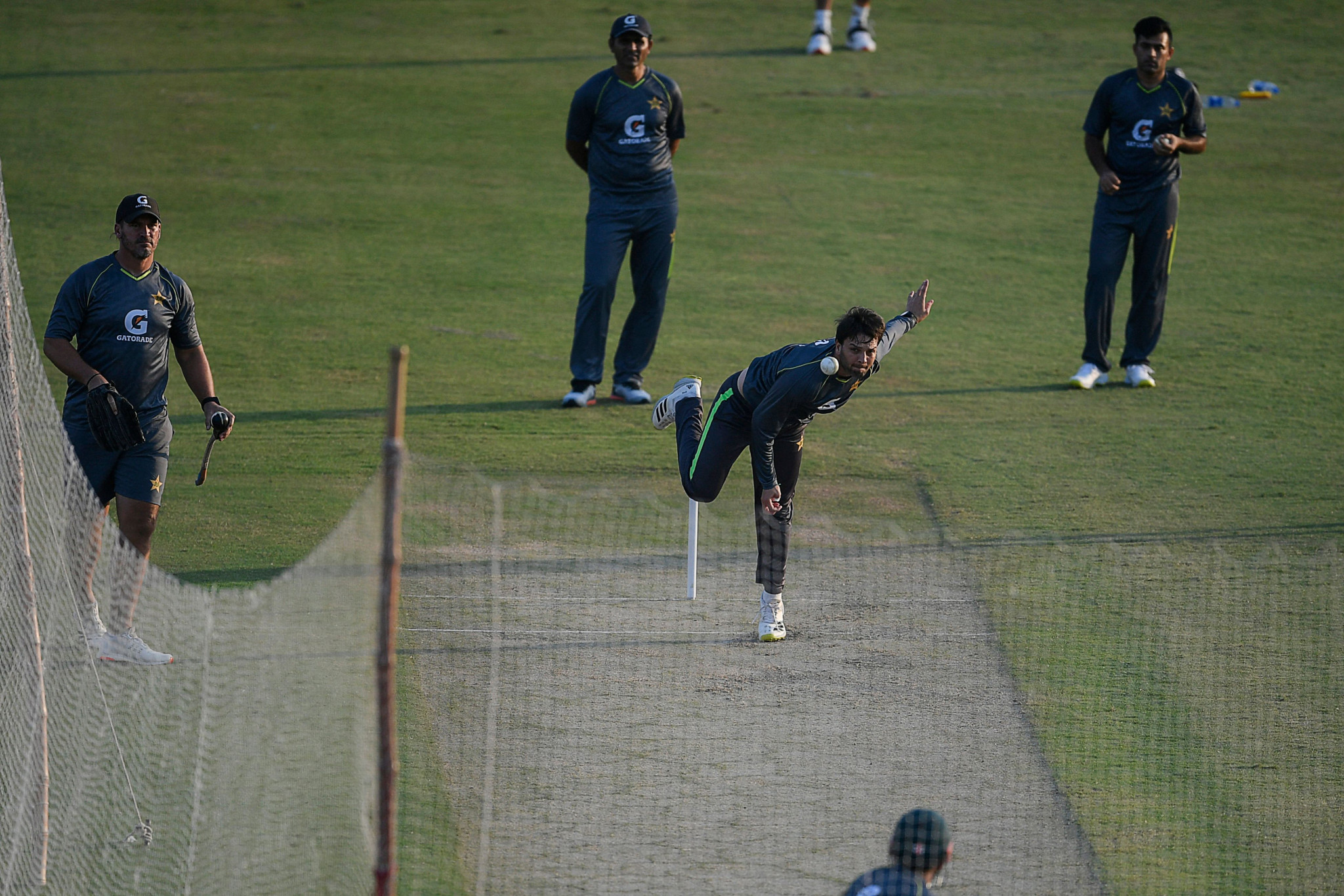 England team withdraw from Pakistan cricket tour due to COVID-19 pressures and security concerns