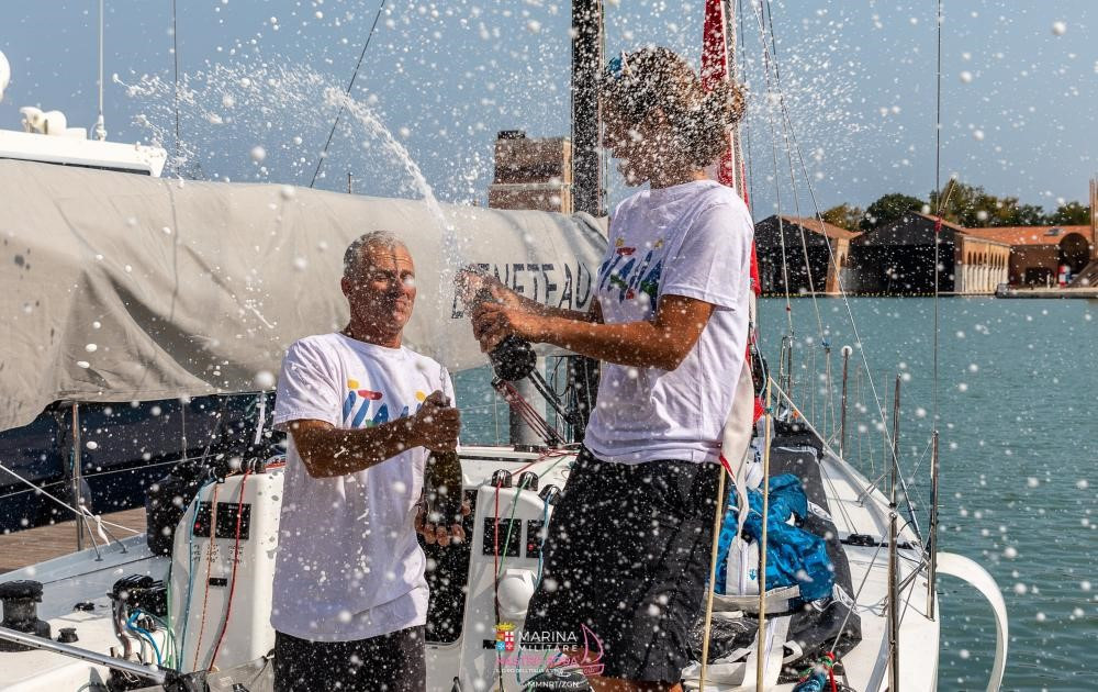 Italian team claim home water triumph at Hempel Mixed Two Person Offshore World Championship