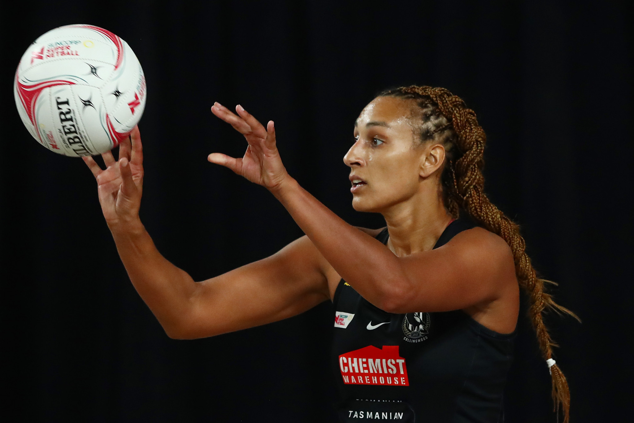 England's Geva Mentor to return to Australia from New Zealand next week after travel fears