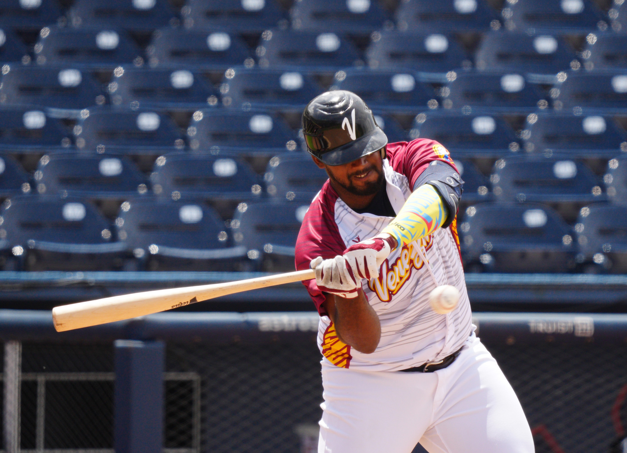 Venezuela come from behind to beat hosts in 2021 Under-23 Baseball World Cup