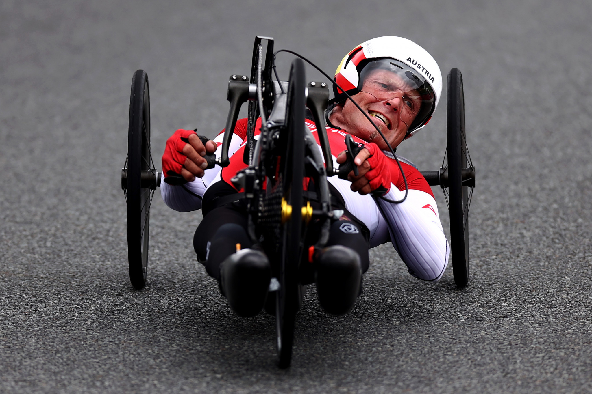 Para-cycling champion Ablinger in hospital after training accident