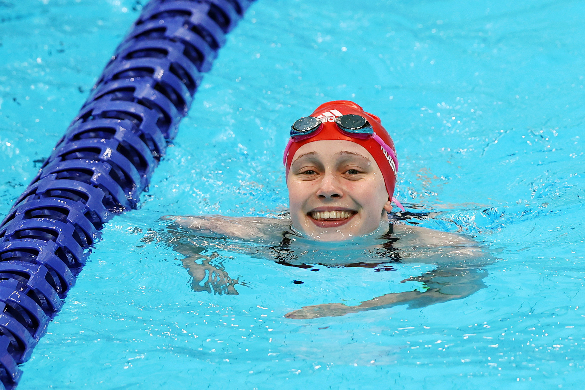 Paralympic swimming champion Robinson retires at the age of 20