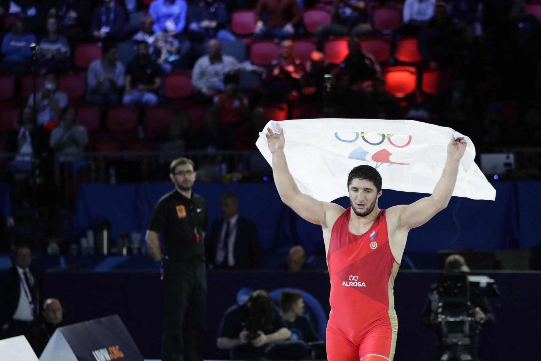 Double Olympic champion Sadulaev wins gold on fourth day of Wrestling World Championships