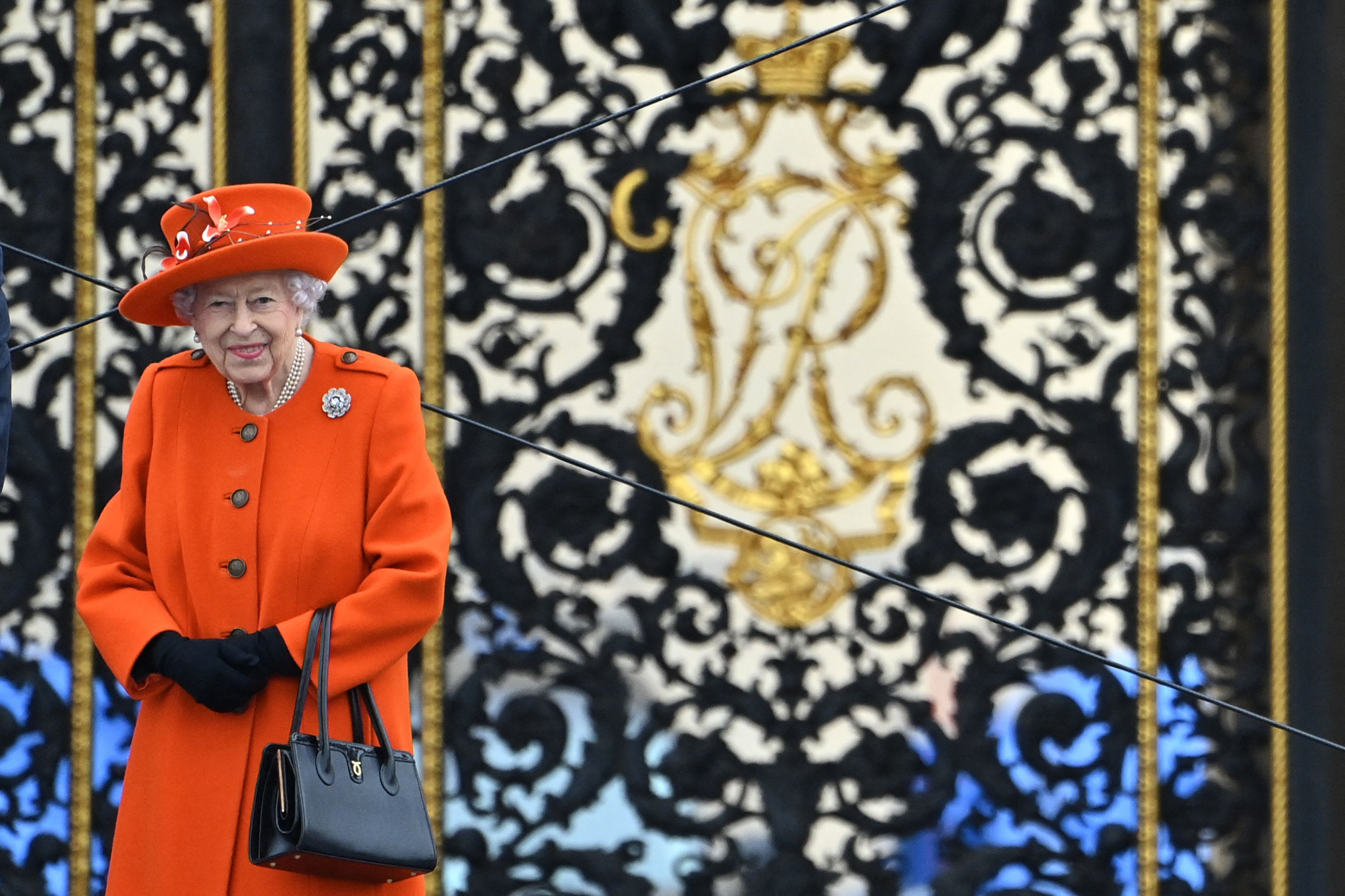 Queen Elizabeth II sent the Baton on its way, where it will travel to every nation and territory in the Commonwealth, spanning 90,000 miles and 269 days, before returning to England for the commencement of Birmingham 2022 on July 28 ©Getty Images