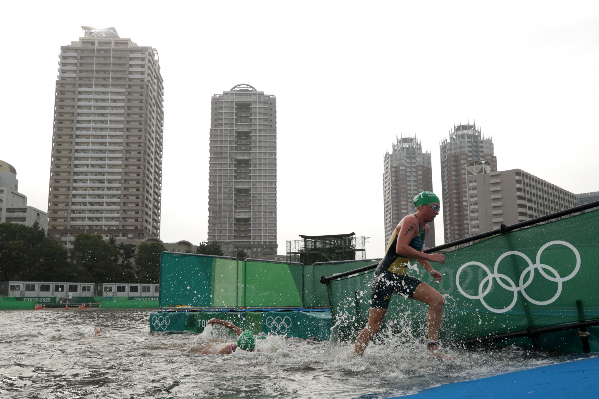 Race-fixing claims add to Triathlon Australia crisis after Tokyo 2020 failure