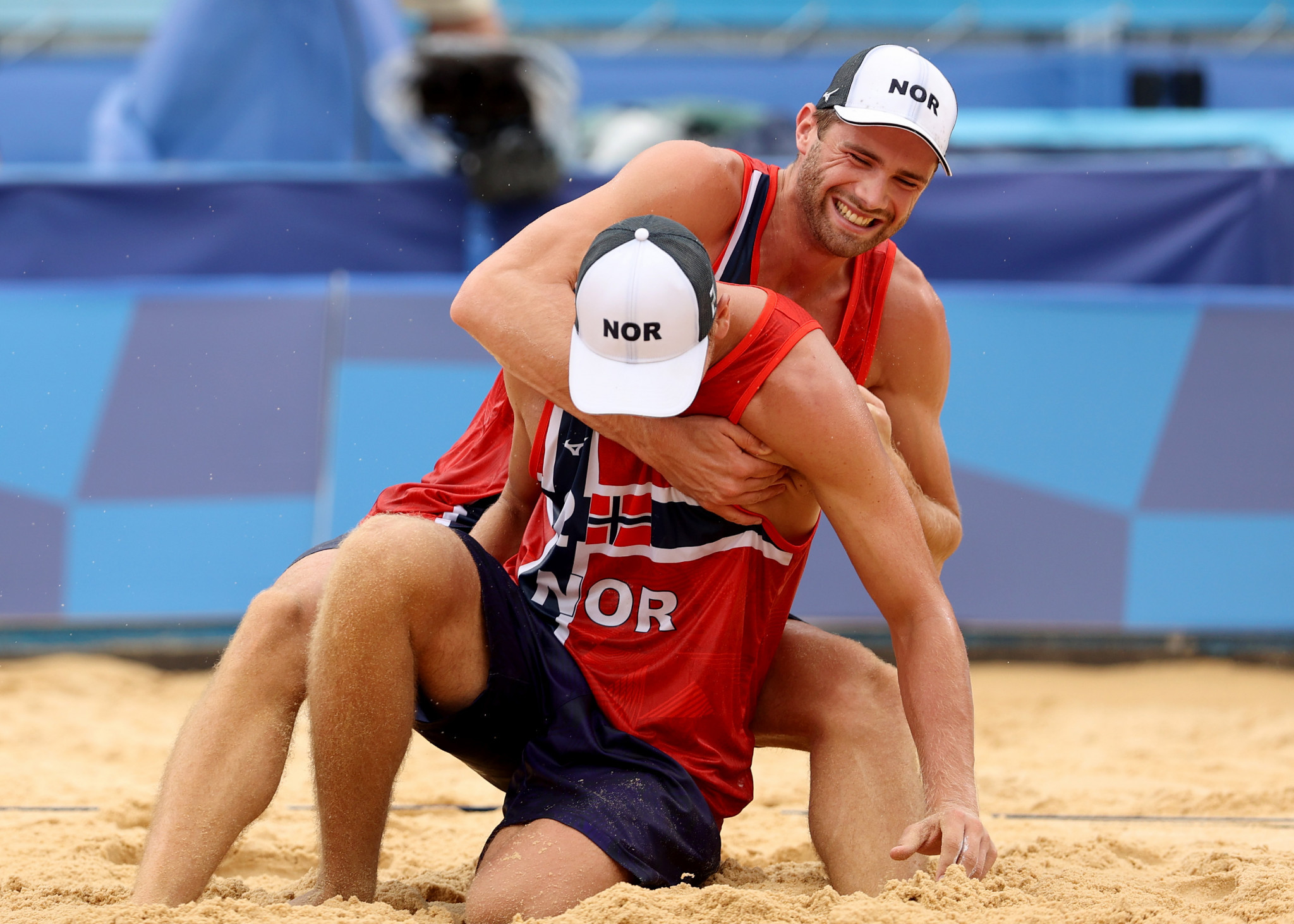 Olympic champions dominate FIVB Beach Volleyball World Tour Finals final