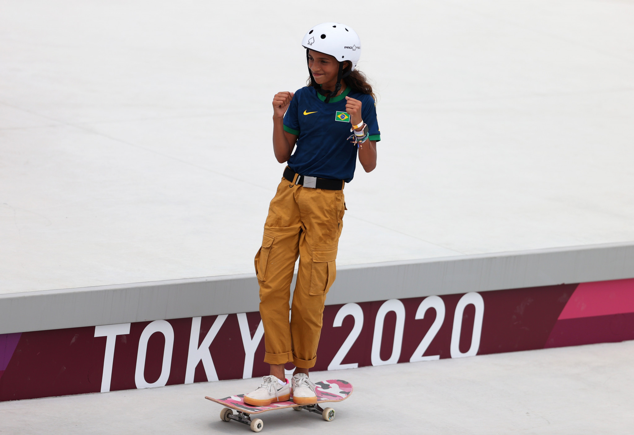Skateboarder Rayssa Leal received the Visa Award in recognition of her display of sportsmanship towards her competitors in Tokyo ©Getty Images