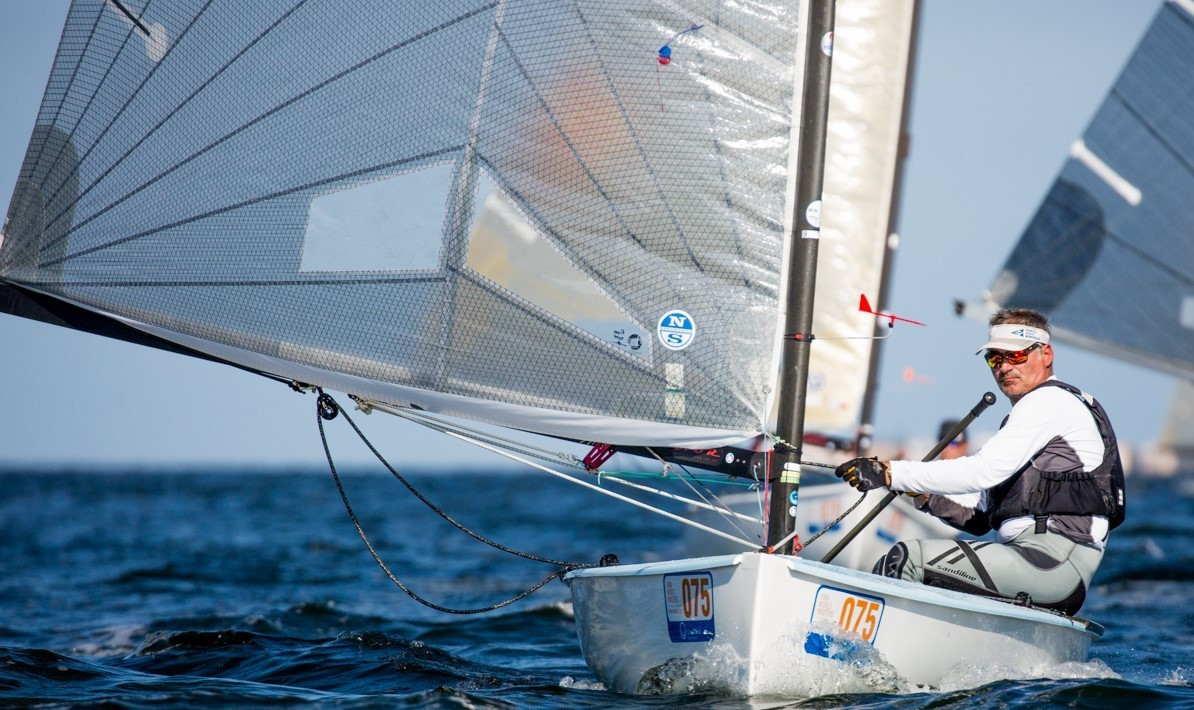 Nossiter hands Hay victory after suffering black flag at Finn World Masters