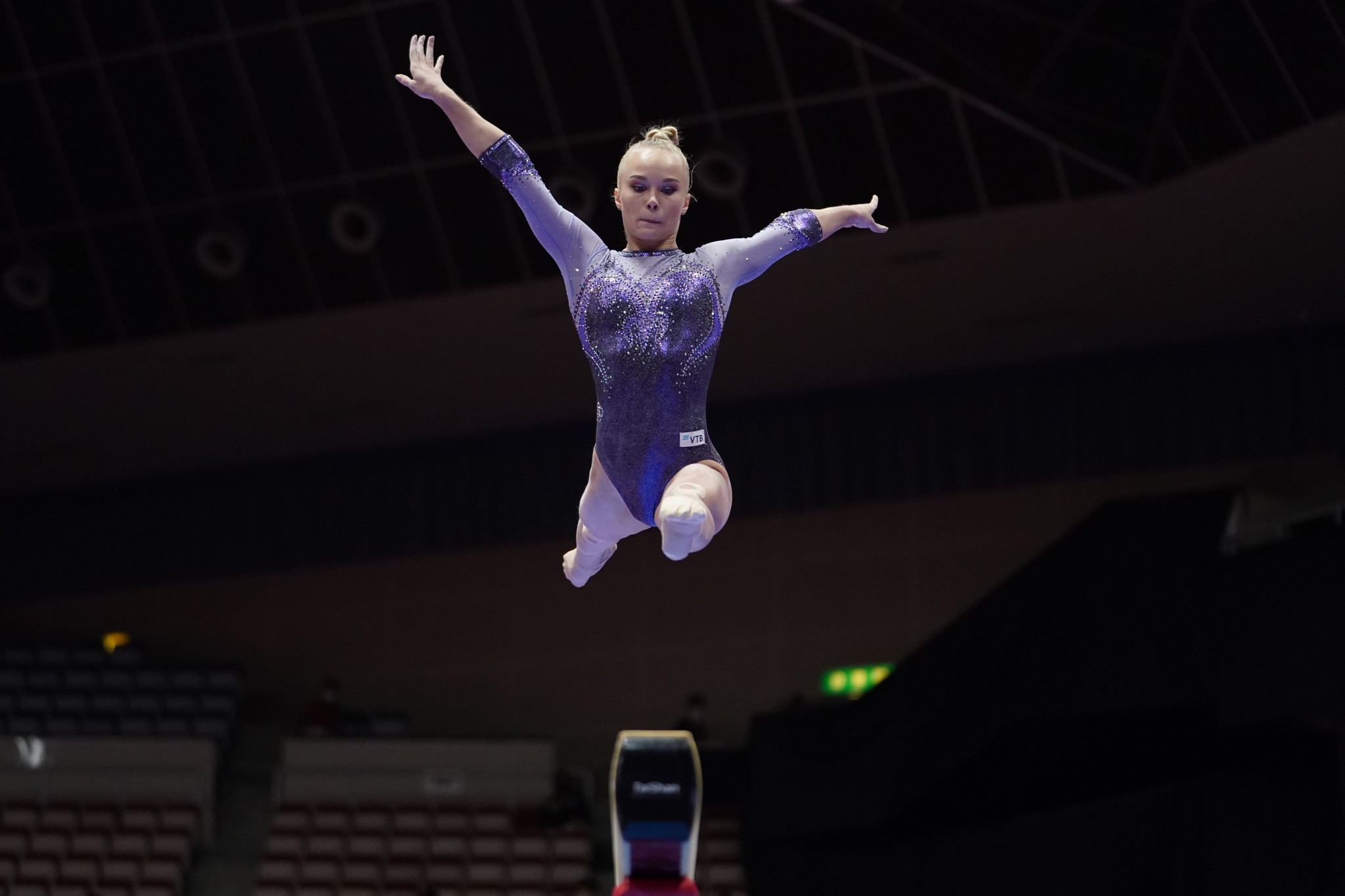 Melnikova tops all-around qualifying at Artistic Gymnastics World Championships