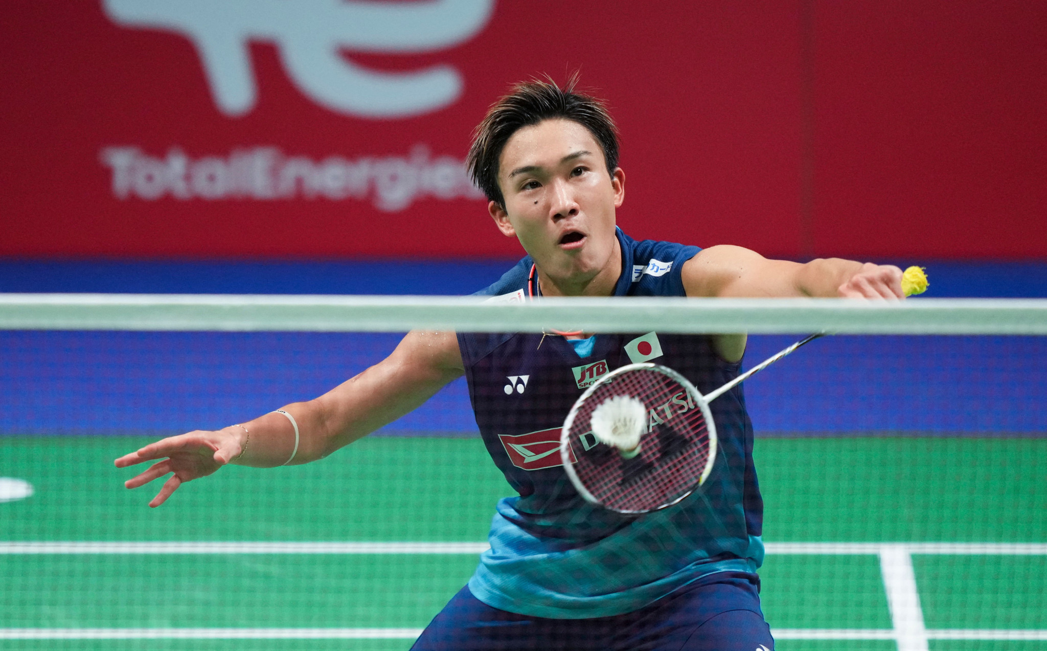 Japan's Momota and Yamaguchi march on at Denmark Open