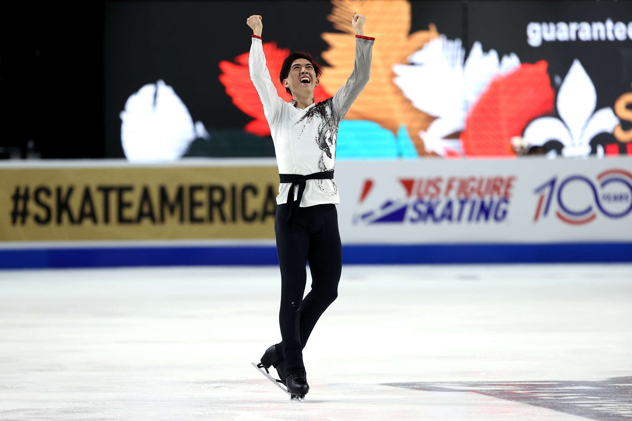 Chen's long unbeaten record ends as Zhou clinches Skate America title
