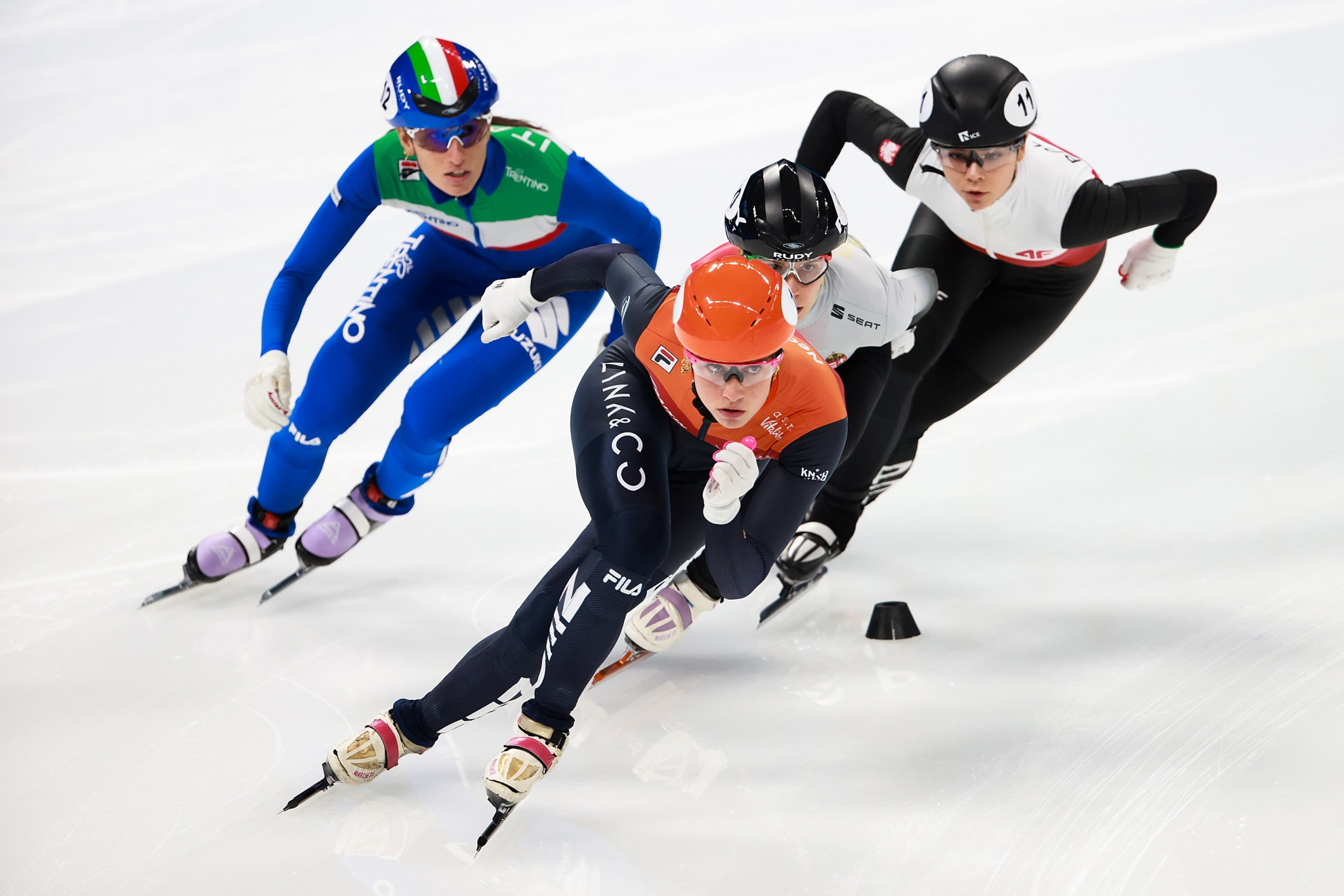 Schulting puts crash behind her to win three medals at Beijing Short Track World Cup