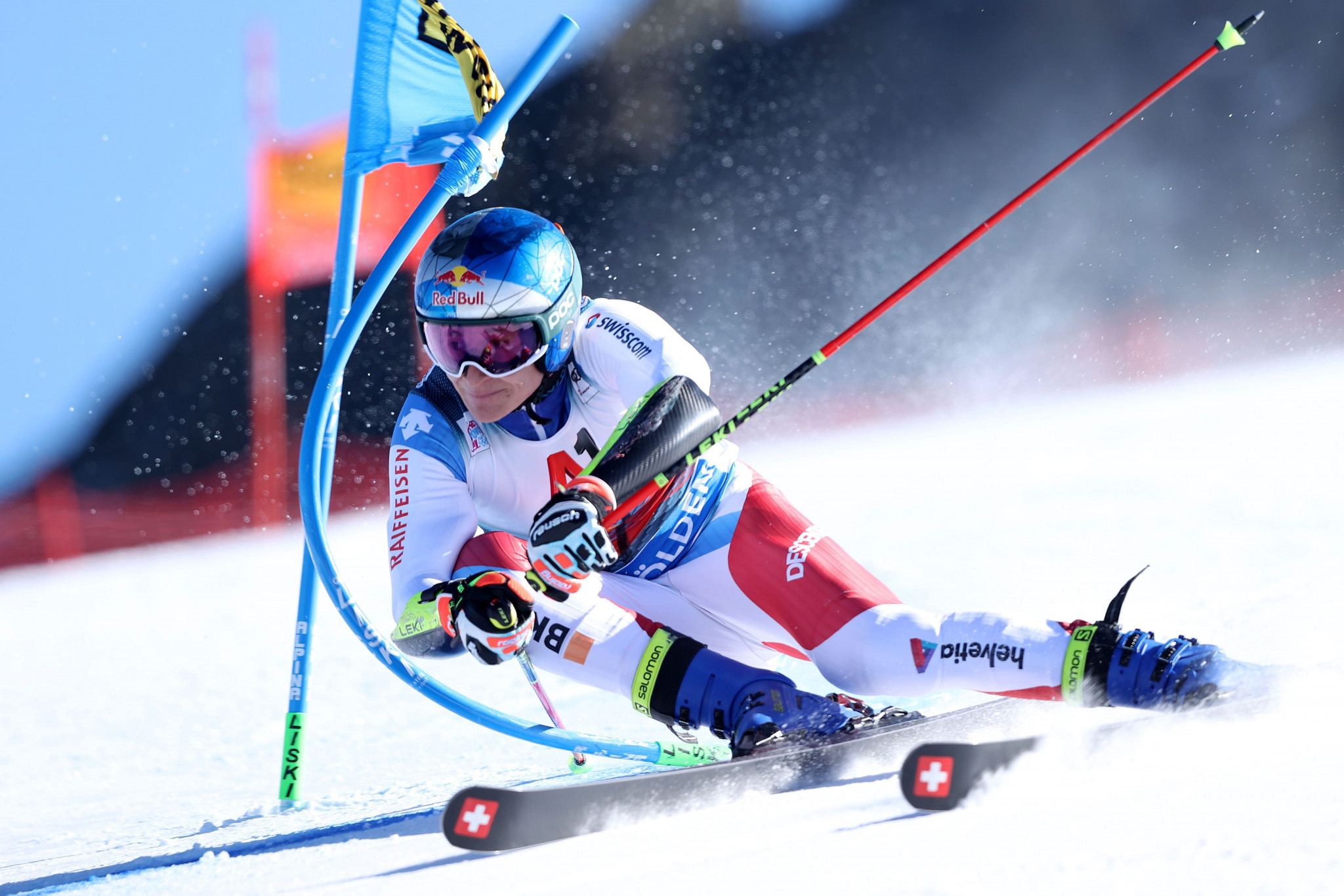 Odermatt edges out home favourite Leitinger to win FIS Alpine Ski World Cup opener