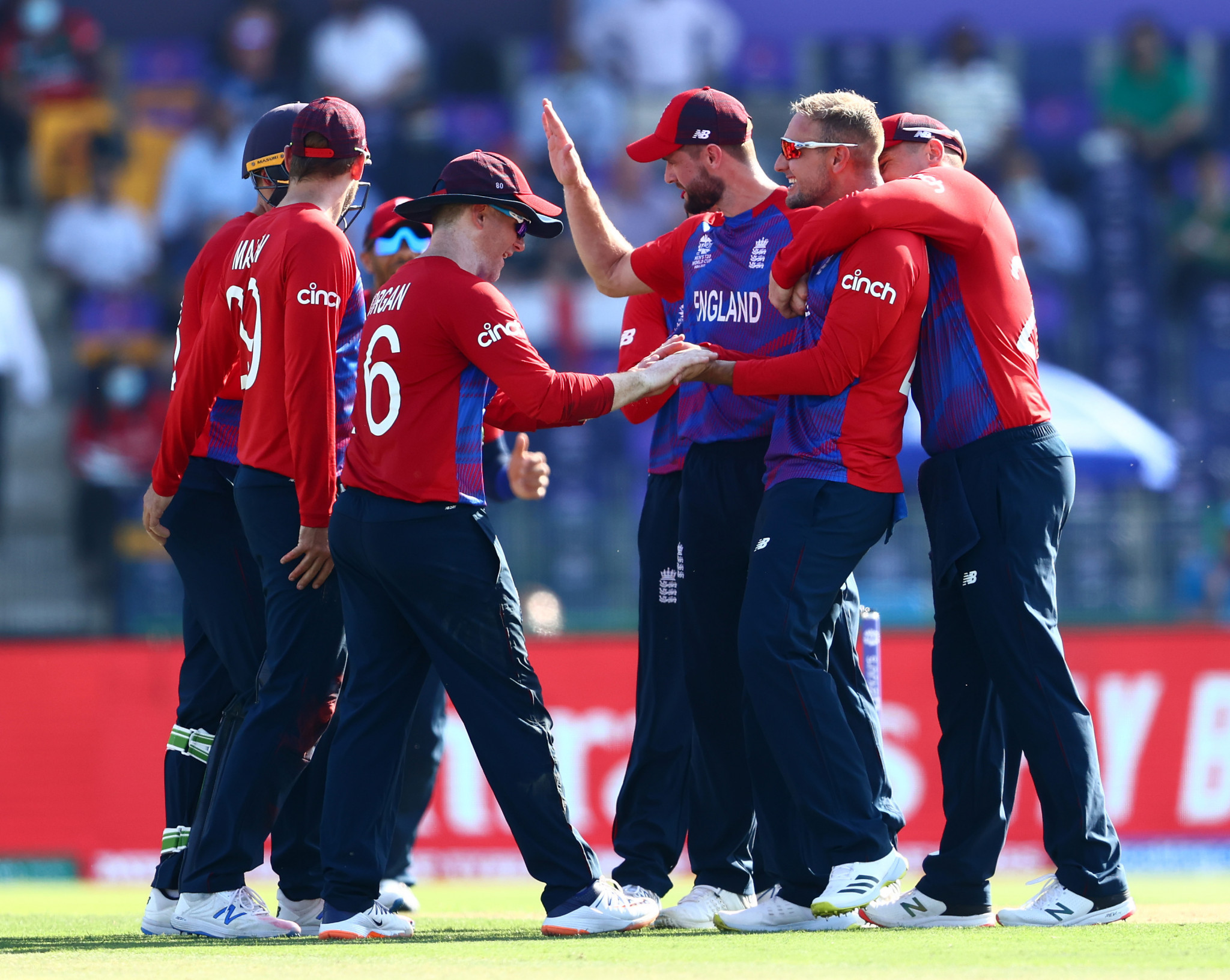 England bowlers dismantle Bangladesh as one-day world champions move top of group 1 at T20 World Cup