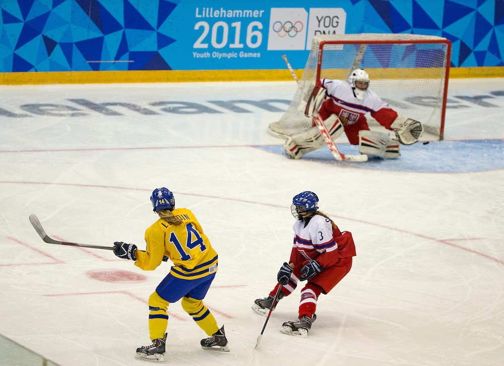 Sophie Lundin scored twice to help guide Sweden to a successful defence of their women's ice hockey title