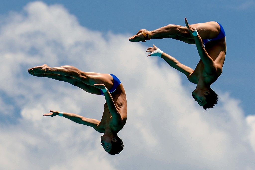 Yue Lin and Aisen Chen triumphed in the men's synchronised 10m platform