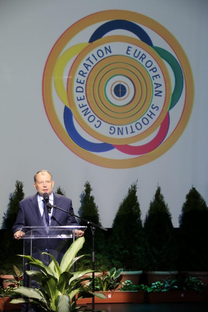 European Shooting Confederation President Vladimir Lisin opened the Championships in Györ ©ESC