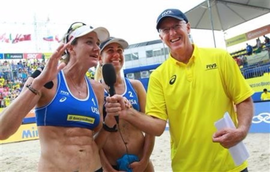America's Kerri Walsh Jennings and April Ross moved into the women's final