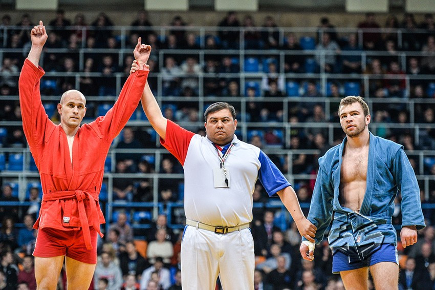 Russia won 19 of a possible 27 gold medals at the Sambo World Cup