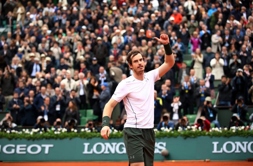 Murray beats defending champion Wawrinka to reach first French Open final