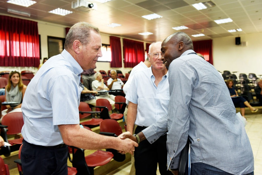 Kipketer the guest of honour at Olympic Committee of Israel event
