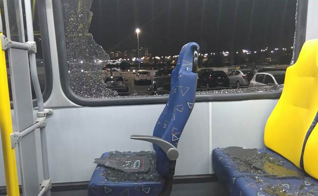 A media bus had its windows blown-out while travelling back to Barra from Deodoro ©AFP/Getty Images