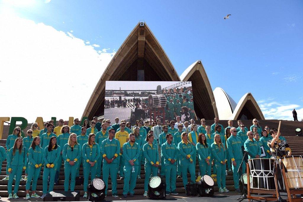 Hundreds of Australians gathered at the Sydney Opera House to welcome home the athletes who performed in Rio ©Getty Images