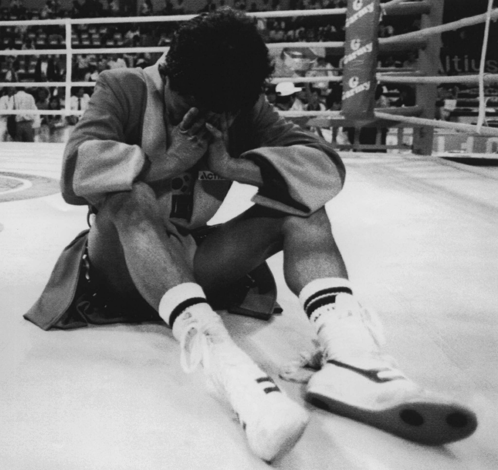 South Korea's Byun Jong-il remained in the ring for 67 minutes in protest at his defeat in the bantamweight second round at the Seoul Olympics in 1988 ©Getty Images