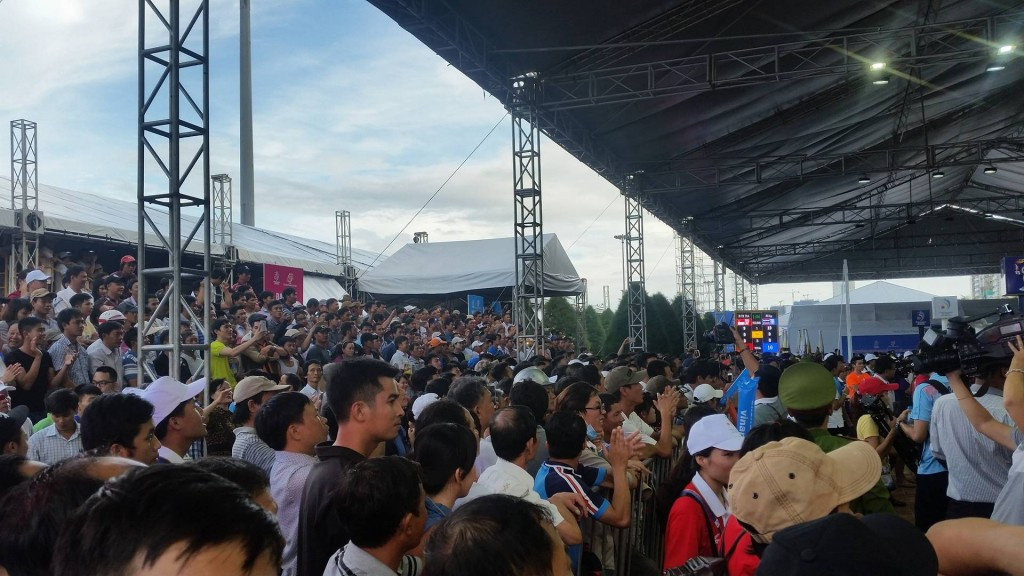 Crowds pack into the Asian Beach Games muay thai venue ©ITG
