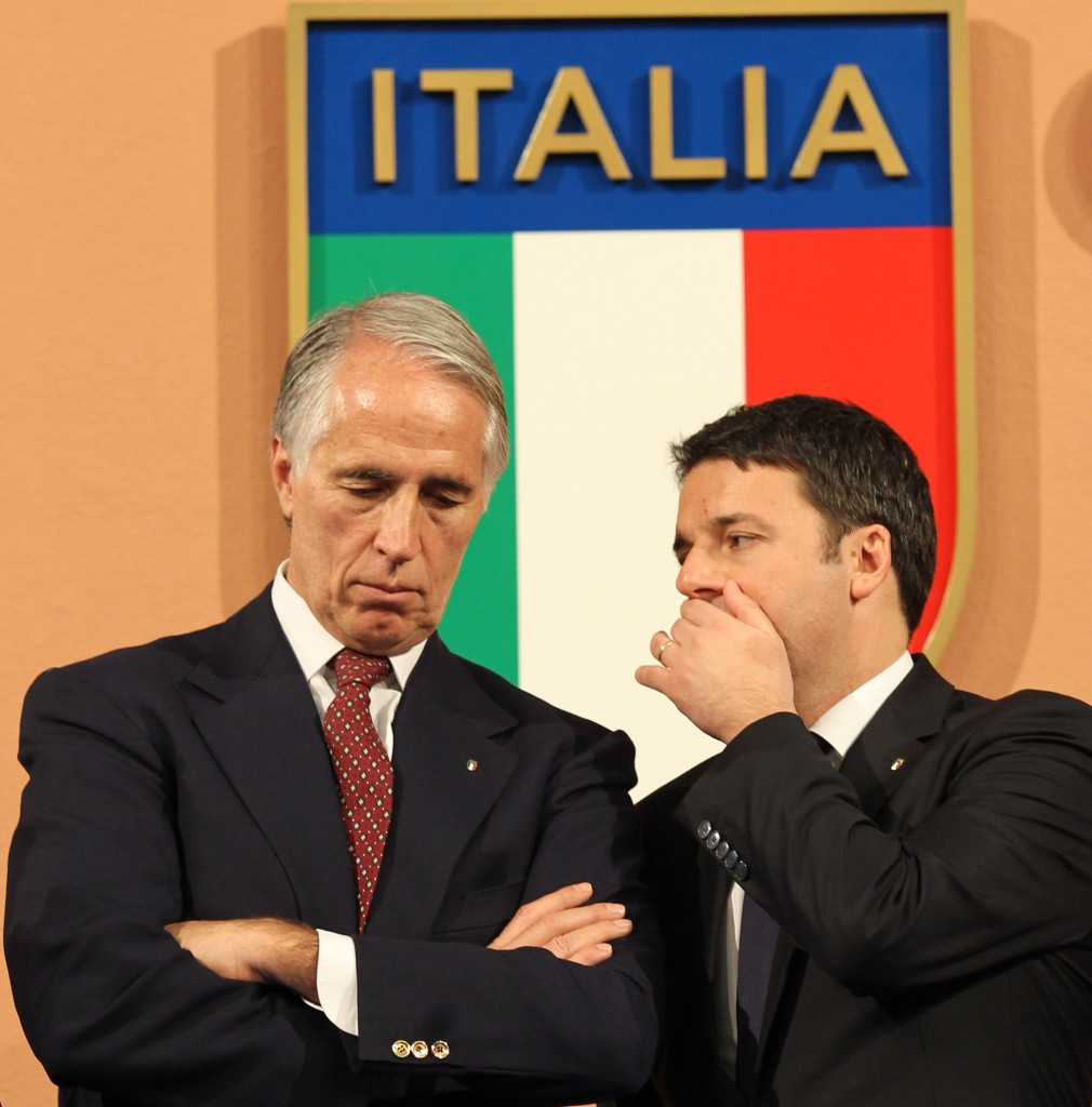 Matteo Renzi (right) remained a supporter of the Rome 2024 bid ©Getty Images